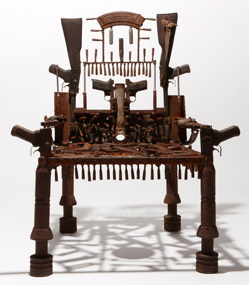 art-furniture-mozamic-chair-guns-goncalo-mabunda