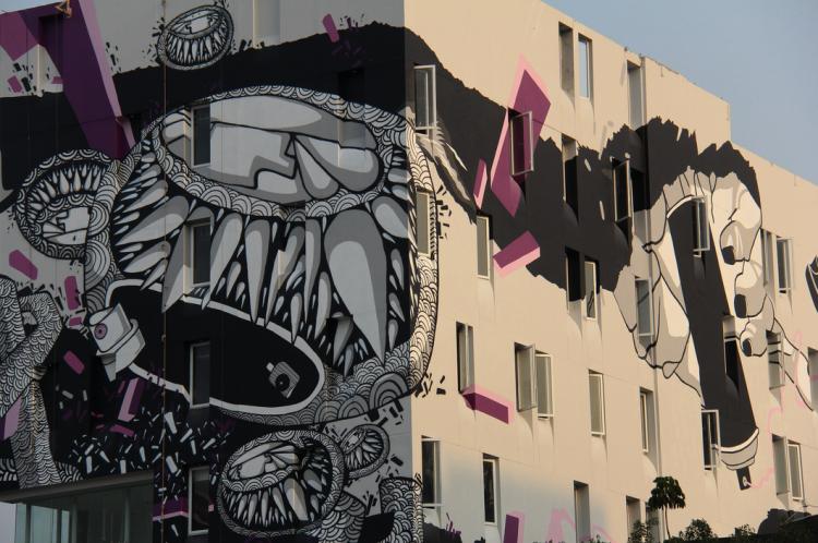 art-graffiti-darbotz-arthotel-thamrin-2013