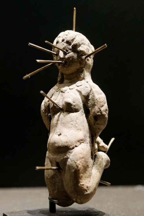 blog-art-voodoo-doll-louvre