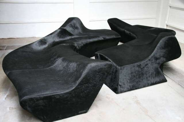 furnishing sofa zaha hadid black