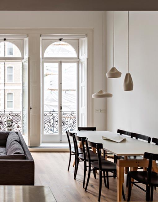 interior-dinning-room-xavier-manosa-pleat-box-white