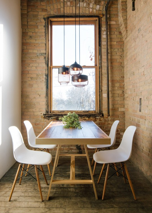 interior-kitchen-lighting-Edison-Bulbs-Decoration-ideas-for-wonderful-Dining-Room-Industrial-design-ideas-with-blown-glass-light-blown-glass-pendants-brick-wall-centerpiece-exposed-pipes-glass
