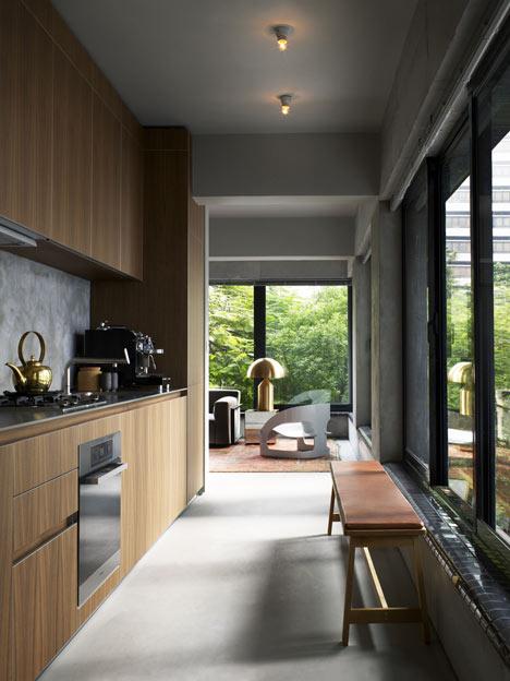interior-crawford-TwoTwoSix-Hollywood-Road-by-Studioilse-4