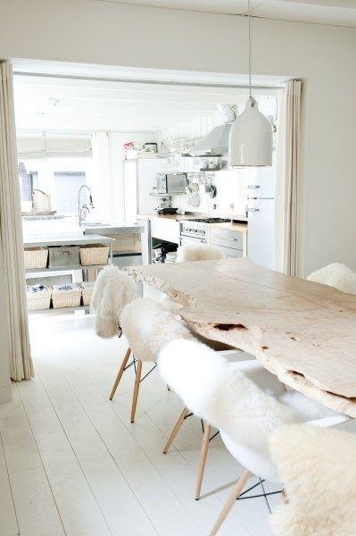 interior-kitchen-sliding-curtain-space-devider-whie-color